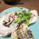 アジアン キュイジーヌ エー・オー・シー - 生牡蠣