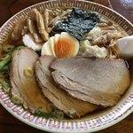 手打中華 すずき - ワンタン麺