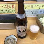 串かつ おおえす - 瓶ビール 中瓶&たこわさび♪