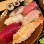94032035 - にぎり寿司