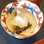 柚木元 - 老茸の梅酢和え