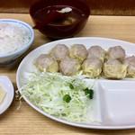 一芳亭 - しゅうまい定食