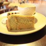 しまうまカフェ - 抹茶のシフォンケーキ