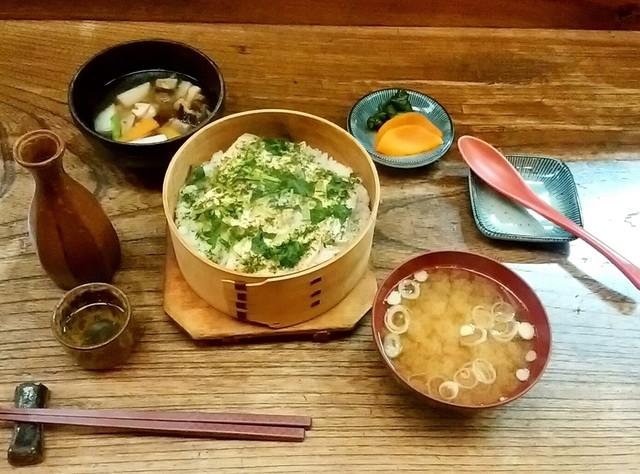 新潟名物わっぱ飯田舎家>