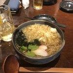 94042242 - たぬき蕎麦、780円(税別)。
