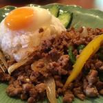 94058128 - 挽肉のバジル炒めご飯ガパオムー1,080円