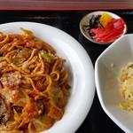 大村湾パーキングエリア(下り線)スナックコーナー - 料理写真:ちゃポリタン、半炒飯セット。