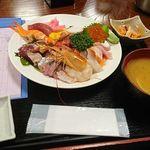 94067628 - 海鮮丼(具大盛り)