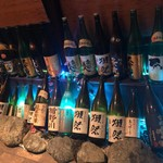 産直ふぐ&海鮮 京膳 - 日本酒ディスプレイ