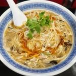 94072592 - 「酸辣湯麺」(880円)です
