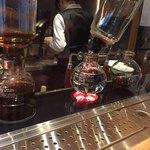 神乃珈琲 - サイフォンで淹れるコーヒー