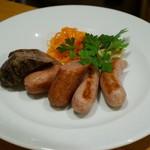 グルマンソノワ - ソーセージ盛り合わせ3種 猪サルシッチャ・クラカウア・シュプレーベルダー