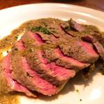 ココ・ゴローゾ - 仔牛もも肉のロースト・シャンピニオンソース 1,500円