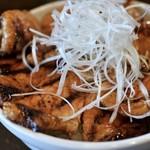 94081024 - 特上国産本ロース豚丼(並)