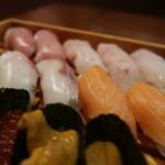 寿しやの台所 - (松)特上にぎり1600円16貫