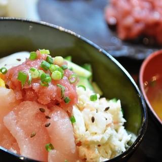 ★〈10月7日〉海女ちゃんの海鮮丼