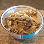 柳家 - 天然茸の炊き込みご飯