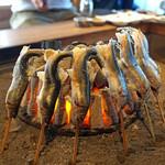 柳家 - 天然鮎の塩焼き