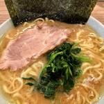 清水家 - 料理写真:ラーメン中盛り海苔増し920円。