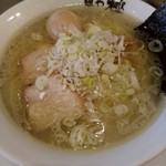 94085378 - 『ラ-メン(細麺)』と『味付半熟玉子』