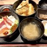 94087431 - 海鮮丼と天丼のダブル丼1,000円