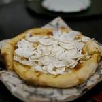 瞬 - 松茸のピザ、ヤバすぎで見たことない