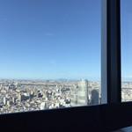 94098951 - 30階からの絶景。墨田区の北側は高層ビルがないので、北関東を一望できます。
