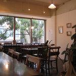 トリトンカフェ - 窓際の席がおされ~