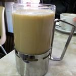 愛養 - ホットミルクコーヒー450円