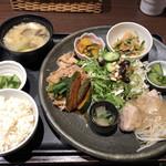 花様 - 近江野菜6種おばんざい御膳♪
