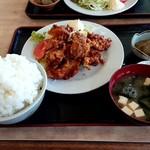 お食事処 雅 - 唐揚げ定食(ご飯大盛り)