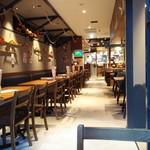 魚貝とワインと時々お肉 YOKOHAMA Mar Mare - 店内