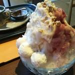 万寿庵 - 甘栗ととはりまのぶどうのごちそうかき氷withあまぐりジェラート