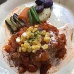 山カフェ 神子内 - 鶏肉のトマトソース煮
