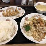 餃子の万来 - 回鍋肉のセット