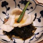 九州直送 熟成鮨 わだのや - 前菜 大分産とら河豚の湯引き