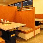 味園 - テーブル席