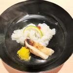 94120866 - お椀:松茸と名残の鱧