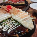 しぇこぱん - 料理写真:牛すじお好み焼き♪