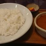 三日月食堂 - チキン豆(ダル)カレー