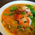 タイ ランナ - トムヤム麺