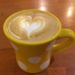 マヌコーヒー - カプチーノ 540円