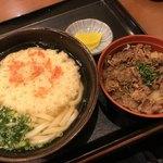 正八郎うどん - かき揚げうどんと牛めしセット690円