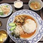 ラーンナー タイレストラン - 金土日限定 日替わりメニュー