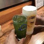 亀は萬年 - 宇治チューハイ350円で乾杯!