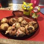 和楽路屋 - 料理写真:たこ焼き10個500円(税込)