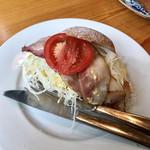 カフェ ド  珈茅 - ベーコンとたまごのサンド