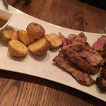 NORI - 牛肉グリルとポテト