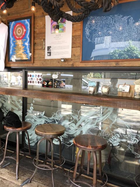 ハグ コーヒー 紺屋町店 - 店内で飲めます