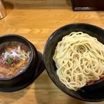 辛つけ麺専門 カラツケ グレ - 料理写真:ニクカラ(大盛)